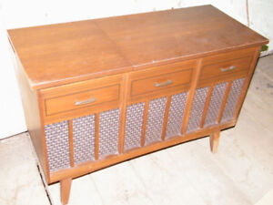 Vintage Emerson Console Stereo