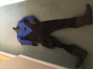 Neoprene dry suit size small