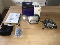 Sony DCR-HC37 handy cam Camcorder with Zoom Lens