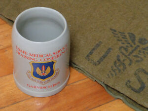 Couverture et tasse de la US air force