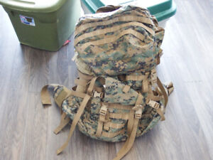Sac a dos militaire/ army backpacks