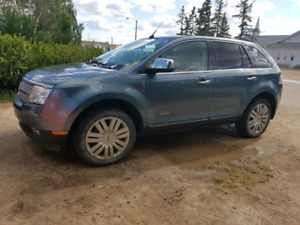 2010 Lincoln MKX - PRICE REDUCED AGAIN!