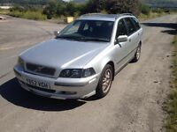 Volvo V40 BREAKING spares for repair 1.8 Mitsubishi engine