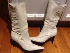 "Elegant white leather high heel ""4"" boot"