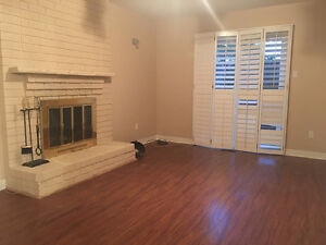 *FOR LEASE/RENT* - 5 Bed - Vaughan/Thornhill - Yonge & Clark