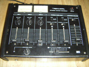 Realistic Stereo Mixing Console for sale  .