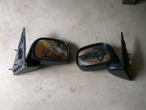 03-08 Dodge Ram power heated mirrors