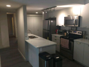 March half off! Roomate wanted asap!