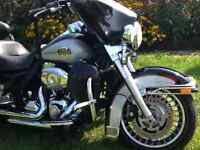 HARLEY DAVIDSON ULTRA CLASSIC - OR TRADE FOR TOY HAULER