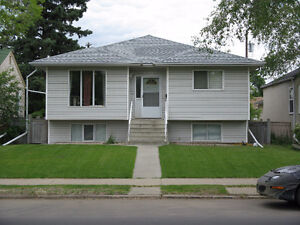 All utilities and wi-fi included - walk to U of A and LRT!