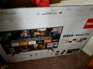 """32"""" RCA Smart TV (ROKU TV)"""