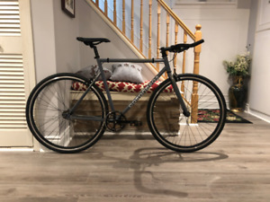 Road bike single speed fixie commuter bicycle
