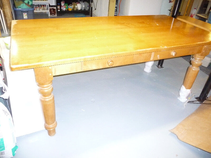table style dortoir en érable de 6 pi de long plus | Mobilier de ...