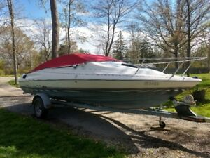 Great Lake Erie boat. 1990 Bayliner Capri 20' Cuddy
