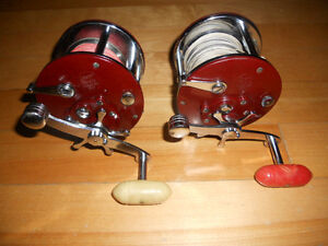 Moulinets canne lourde,75 chaque  Grise,Penn, Fishing reel rods