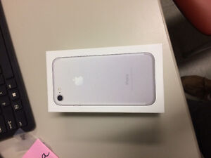 Iphone 7 32Gb with AppleCare Warranty