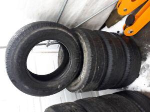 4 pneus P265/65R17 (toyo open country)