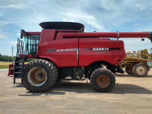 Case IH 8010 Combine For Sale