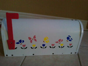 Brand new in box handpainted rural mailbox London Ontario image 3