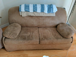 Pull out couch.