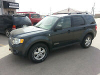 2008 Ford Escape XLT (EXCELLENT CONDITION)