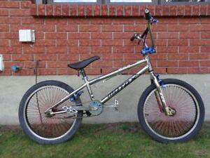 BMX MOTOX TRICK BIKE