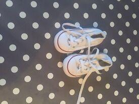 Toddler size 5 white converse