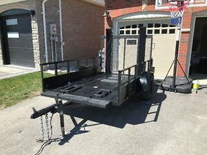 9' X 5.5' 3500 lb axle utility trailer Great Condition