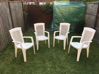 4 garden chairs white in perfect conditions