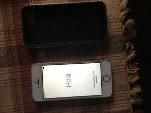 iPhone 5s 32g PERFECT condition