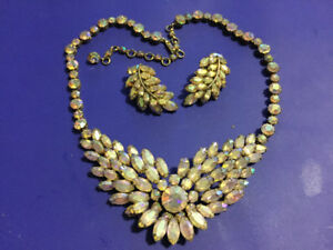 Sherman rigid necklace and earrings set