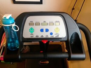 Awesome Treadmill in Great Condition!