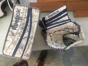 REEBOK 18k Glove Set