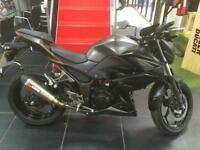 Kawasaki Z 300 ONLY 1900 MILES BY ITS 1 CAREFUL OWNER AND FITTED WITH EXTRAS !