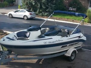 Seadoo Bombardier challenger 240hp 20pieds année 2000, 8 places