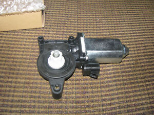 New Window Motor - Front, Passenger Side GMC & Chev Trucks & SUV
