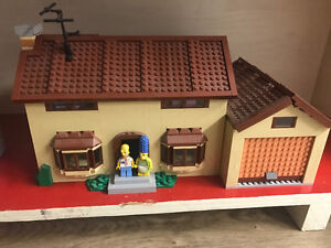 Lego Simpsons house, complete all pieces and minifigures