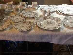 8 place setting Royal Albert china set