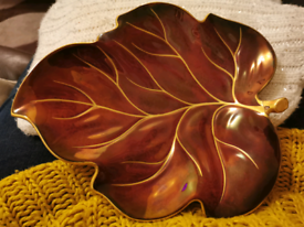 Beautiful red and gold china leaf by Carlton Ware