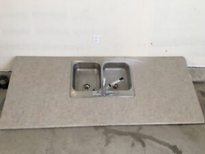 Countertop, kitchen sink and faucet, very good condition.