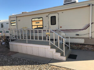 5th Wheel for rent January-March in Westwind Golf and RV Resort.