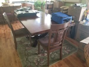 Selling Dining Room Table & Coffee Table