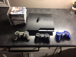 Playstation 3, 11 games, 3 controllers + bluetooth headset.