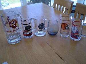 VARIOUS NHL SPORTS MUGS AND GLASSES Windsor Region Ontario image 1