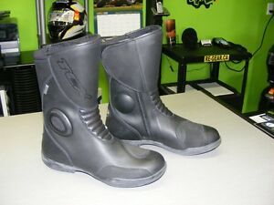 TCX Boots - GORE-TEX - Size 7 - NEW at RE-GEAR
