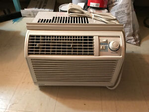 Air Conditioner Danby window monted