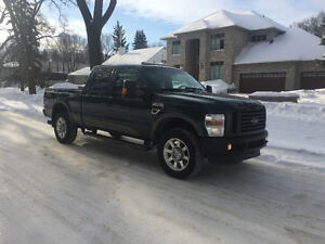2010 Ford F-350 Cabela's edition Saftied