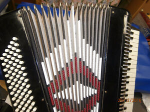 Frontalini accordion Stratford Kitchener Area image 2