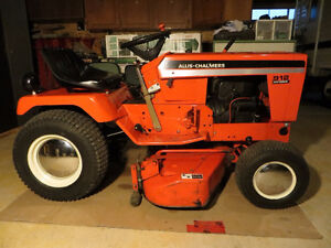 ALLIS-CHALMERS 912H GARDEN TRACTOR *ATTENTION A-C COLLECTORS*