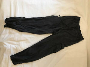 NEVER WORN- Relaxed Lululemon Tie-Up Pant